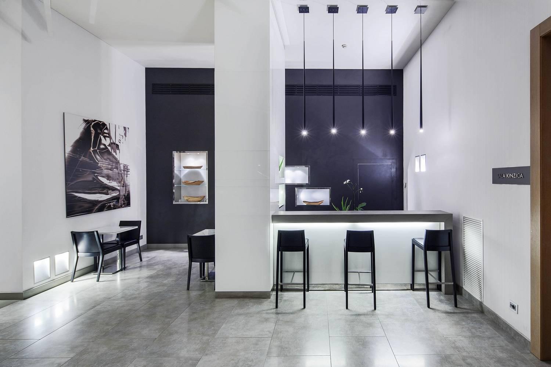 h tel h tel nh pisa pise. Black Bedroom Furniture Sets. Home Design Ideas